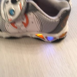 Star Wars Shoes - NWOT Star Wars toddlers shoes size 8